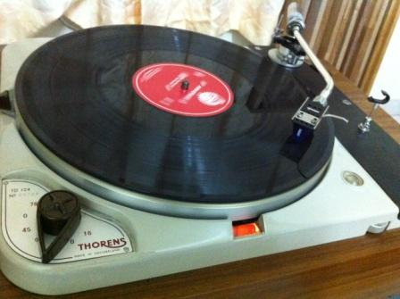 Thorens Turn Table