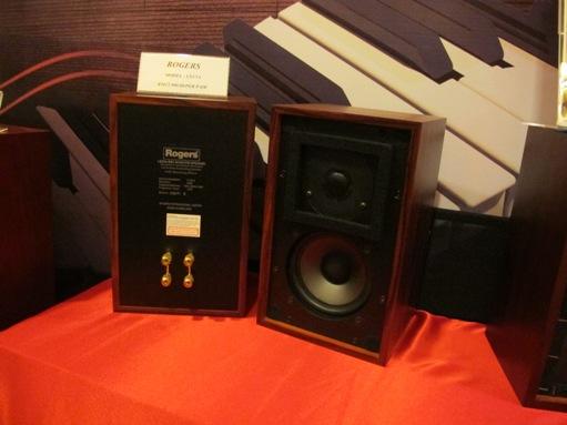 KLIAV 2011 LS3/5A : Rogers LS3/5a 60th Anniversary Loudspeaker