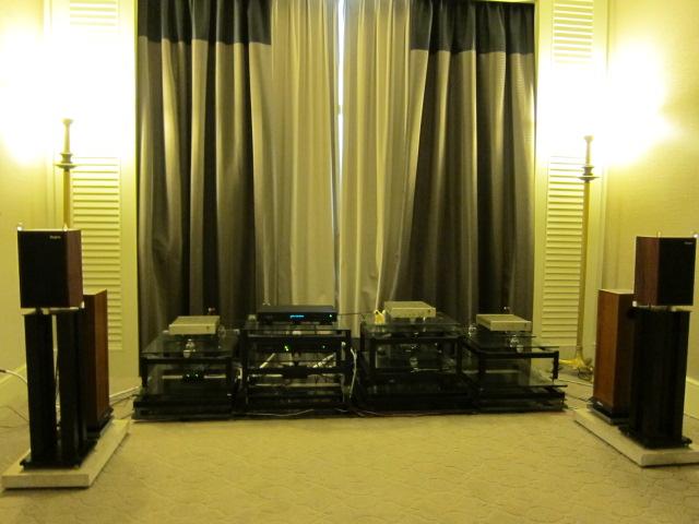 KLIAV 2011 LS3/5A : Rogers LS3/5a 65th Anniversary Edition / FM Acoustics
